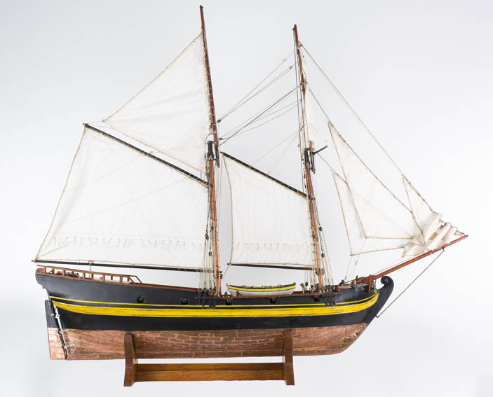 Un patache es un tipo de embarcación de vela con dos palos, muy ligera y rápido. En sus inicios fue un barco de guerra aunque posteriormente se utilizo para fines civiles. Fue usado por la armada espa