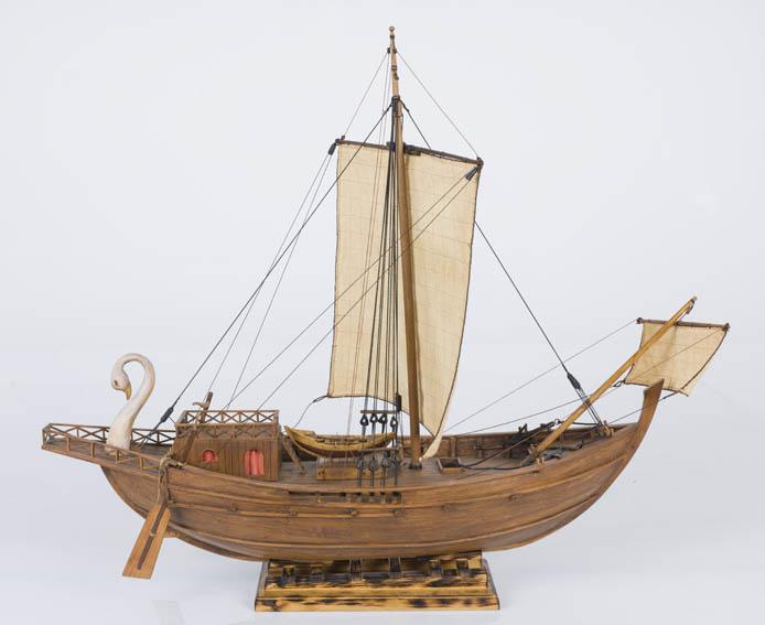Modelo a escala de un mercante romano de tipología mediterránea. Estas embarcaciones fueron la espina dorsal del comercio marítimo durante la época romana a través del Mar Mediterráneo y llegando tamb