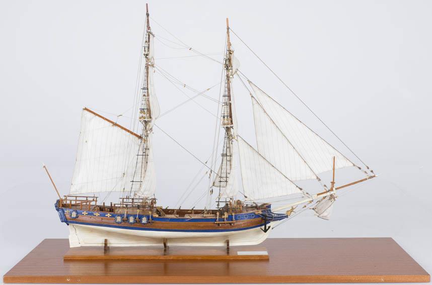 """Modelo a escala del yate Real """"Amphion"""", construido en los astilleros de Djurgarden en Estocolmo en 1778. Fue diseñado por Fredrik Chapman como una embarcación de recreo para el rey Gustav III de Suec"""
